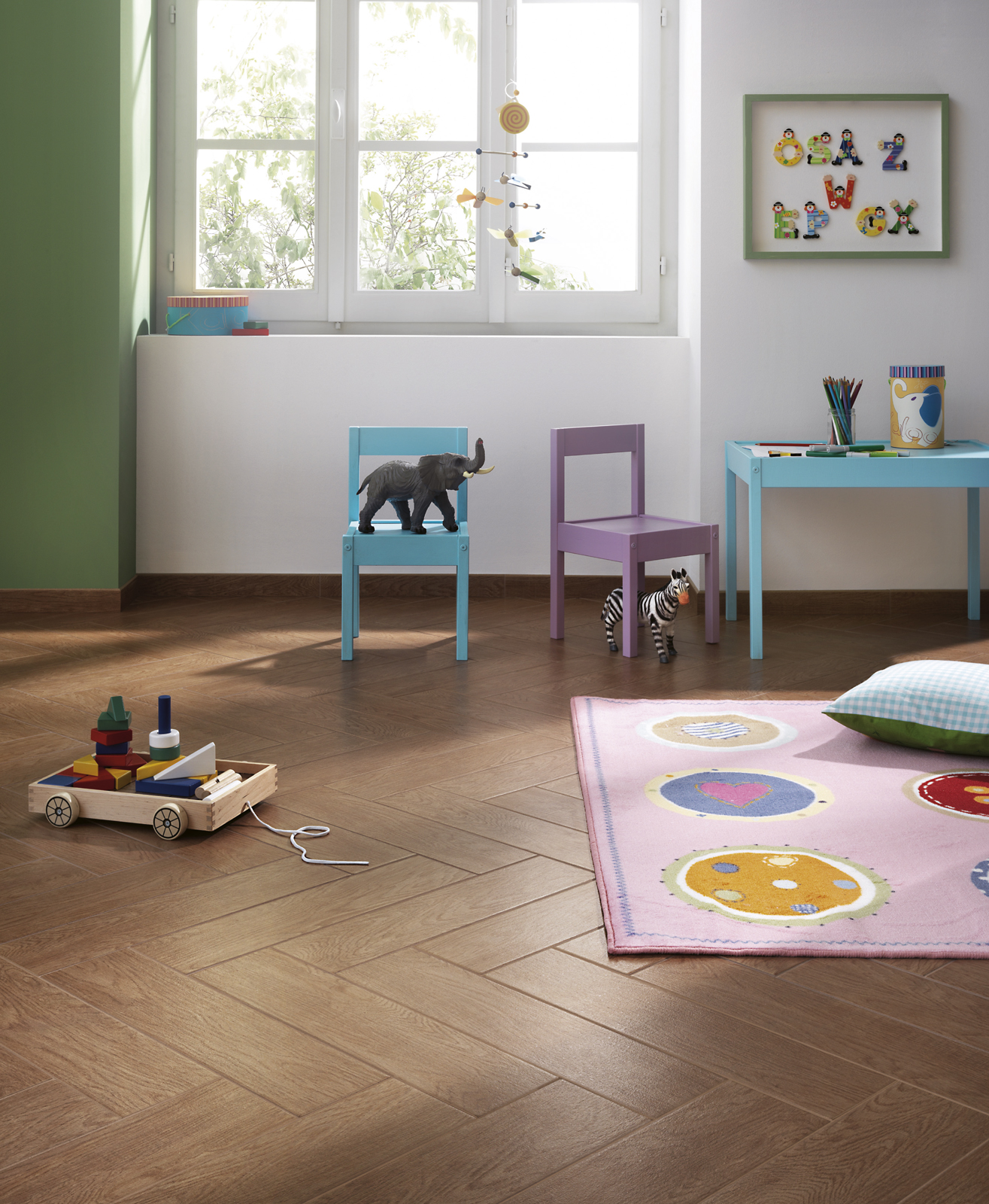 eko ragno. Black Bedroom Furniture Sets. Home Design Ideas